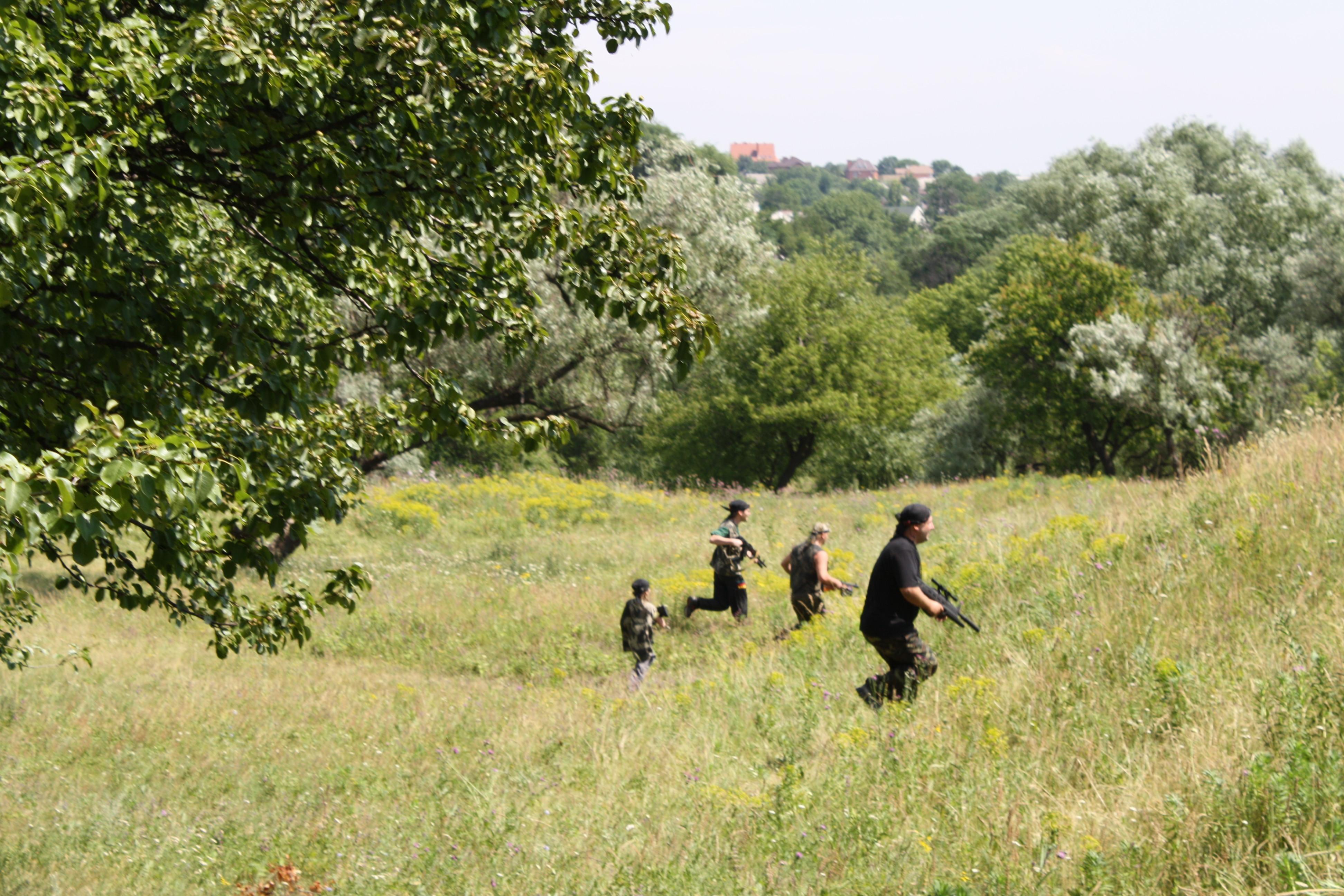 Провести выходные за городом играя в Лазертаг Днепр